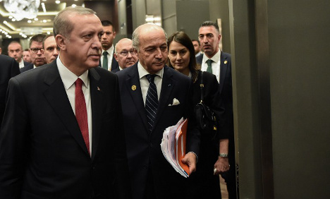 Turkey 'warned France' about Paris attacker