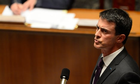 French PM warns of risk of chemical attack