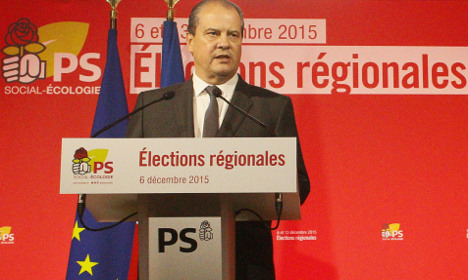 Socialists withdraw to block National Front