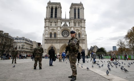 France fears church attack over Christmas