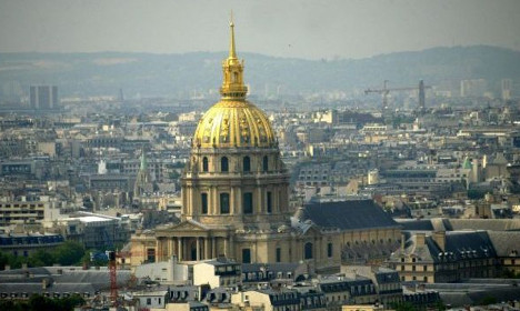 French police open fire on driver in central Paris
