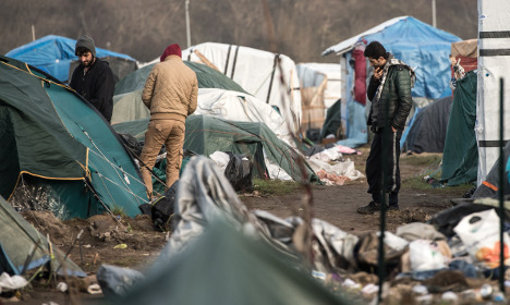 Paris 'convinced' of need to reduce migrant flow