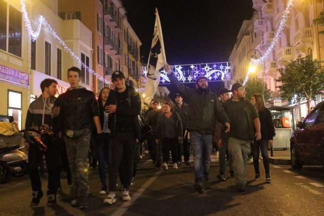 Corsica protests banned after anti-Arab demos