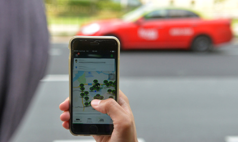 Uber fined €150,000 over French UberPOP service