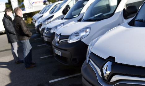 Renault 'to recall 15,000 vehicles' for emissions tests
