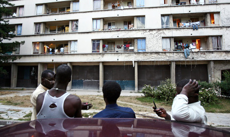 Immigrants struggling to integrate in France