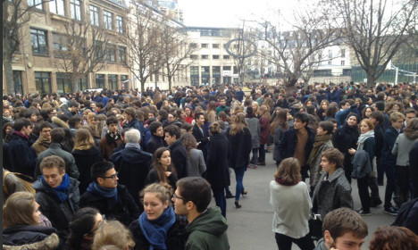 Schools in Paris evacuated after bomb threats made