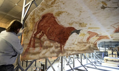 Artists finish life-size replica of Lascaux cave paintings