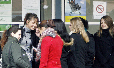 Terror fears could see French schools end smoking ban