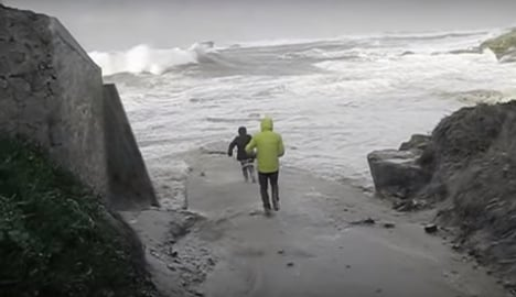Terrifying video shows why not to go near sea in France