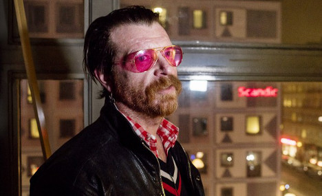 Eagles of Death Metal singer: 'I want everyone to have guns'