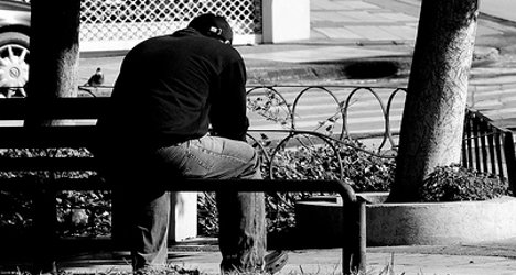 France: 27 people a day commit suicide, report reveals