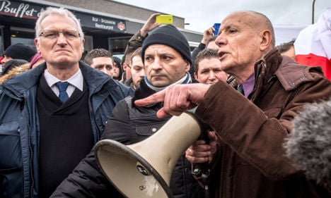 Ex-French army commander faces jail over anti-Islam rally