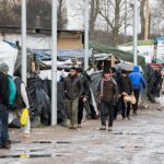 Migrants moved on as Calais eviction begins