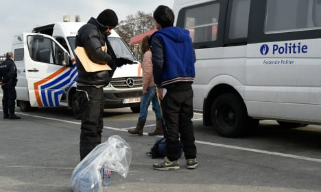 Belgium pushes 600 migrants back to France