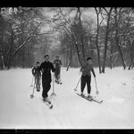 """Skiers at the Bois de Boulogne, in December 1938. Those were the days when Paris would get snow in winter. Dastardly global warming seems to have ruined all the fun. Buy this by clicking here: Buy this image by clicking here: <a href=""""http://www.parisenimages.fr/en/collections-gallery/81846-26-skieurs-au-bois-boulogne-paris-xvieme-arr-decembre-1938-photographie-du-journal-excelsior"""">www.parisenimages.fr/en</a> Photo: Buy this image by clicking here: <a href=""""http://www.parisenimages.fr/en/collections-gallery?recherche=Skieurs%20Bois%20de%20Boulogne&amp;debut=&amp;fin="""" target=""""_blank"""">at www.parisenimages.fr/en<di"""