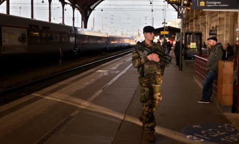 French soldier sliced by 'Arabic-speaking man'