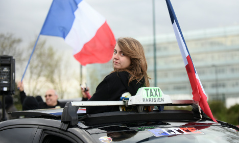 France mulls fund to buy back taxi licences