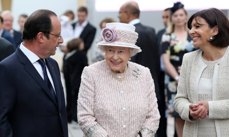 Queen Elizabeth at 90: Is she really fluent in French?