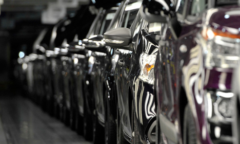 Peugeot raided by fraud squad in emissions probe