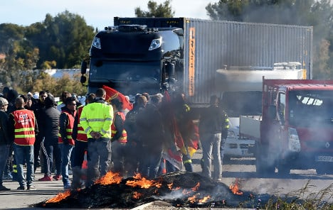 Who is to blame for the fuel crisis in France?