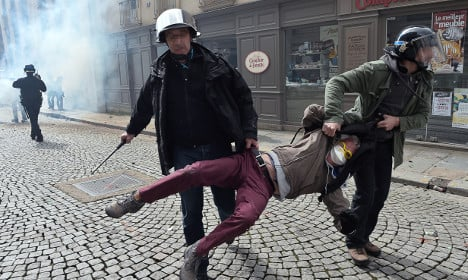 Why does 'everyone in France hate the police'?