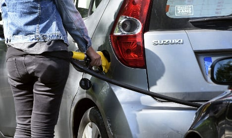 French fuel strikes:  A tedious 'tantrum' or a 'sacred' duty?