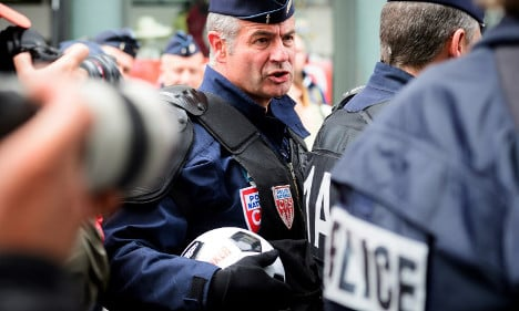 Lille fears violence as Russia and England fans descend