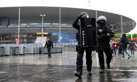 Euro 2016: 'If there are deaths everyone will leave France'