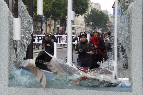 IN PICTURES: Labour law protests in Paris turn ugly