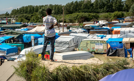 Calais migrant camp will 'soon be completely cleared'