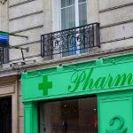 Are the French falling out of love with their pharmacies?