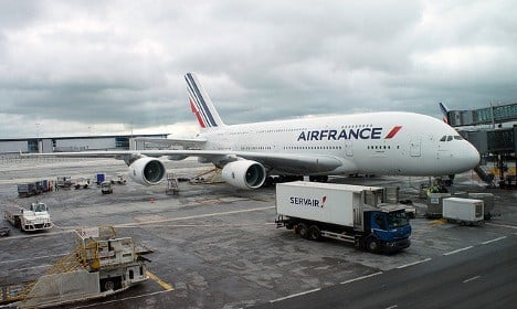 Thousands of travellers face seven-day Air France strike