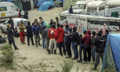 'No point bulldozing Calais jungle unless solutions found'