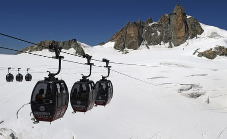 Relief for trapped tourists as Mont Blanc cable car restarts