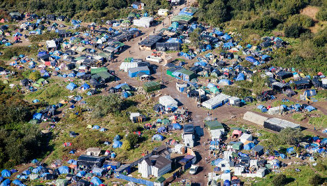 France vows to pull down Calais 'Jungle' migrant camp