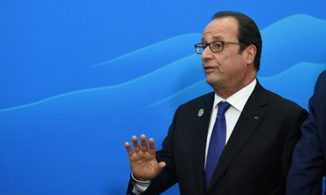 Hollande 'would face wipeout' in presidential vote
