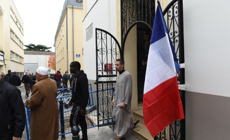 'Muslims in France must be considered ordinary citizens'