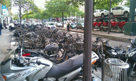 IN PICS: What's left after Paris arsonists set mopeds ablaze