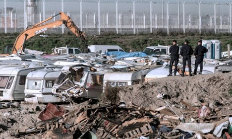 Calais 'Jungle' camp to be cleared out by end of day