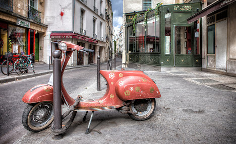 All you need to know about driving a scooter in Paris