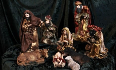 France to allow Baby Jesus in Town Halls this Christmas