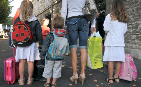 14 vital tips for expat parents with kids in French schools
