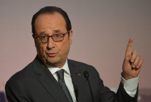 Hollande to announce live on TV whether or not he will run again