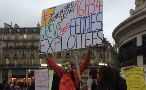Women in France urged to walk out of work early