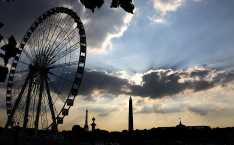 Why does Paris want its famous Big Wheel toppled?