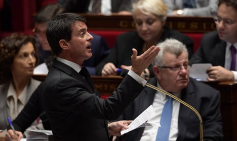 French PM confirms plan to keep state of emergency