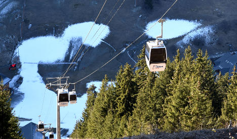 No snow 'for a month' for some French ski resorts