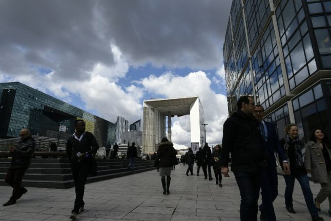 Banks in UK 'plan possible Paris move on Brexit'