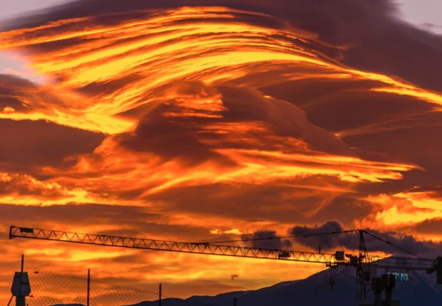 IN PICTURES: South-western France treated to spectacular sunset